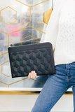 Welden Hexagon Improviser MacBook Pro 16 inch sleeve Zwart