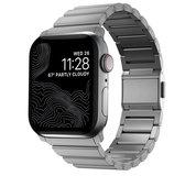 Nomad Titanium V2 Apple Watch 45 / 44 / 42 mm bandje Zilver