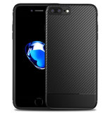 TechProtection Carbon iPhone 8/7 Plus hoes Zwart