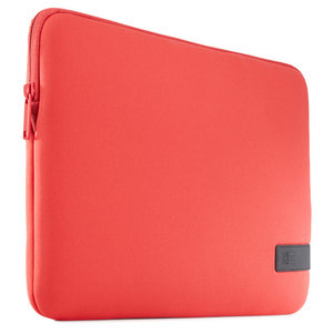 Case Logic Reflect MacBook 13 inch USB-C sleeve Rood