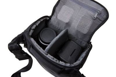 Incase DSLR Carrying Case