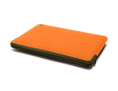 C6 Zip sleeve MacBook Pro Retina 15 inch Tangerine 1