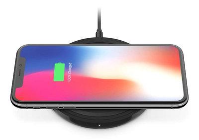 Belkin Boost Bold draadloze oplader 10 Watt Zwart