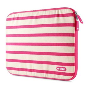 Incase Striped Canvas sleeve Air 11 inch Pink